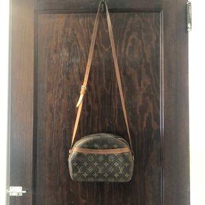 Authentic Louis Vuitton crossbody bag.